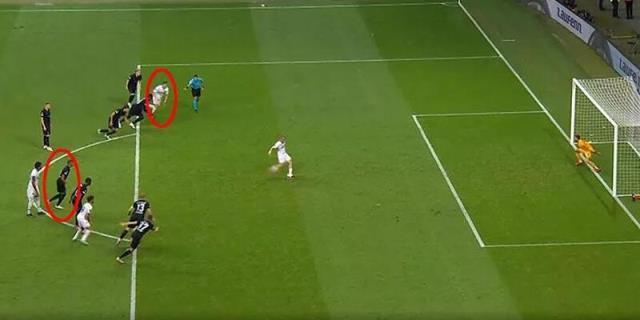 Fenerbahçe'yi yakan hakem, Beşiktaş'ın Ajax ile oynayacağı maça atandı