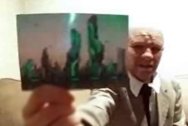 Dünya bu esrarengiz adamı konuşuyor! 2118 yılına giderek çektiği fotoğraf görenleri ürküttü