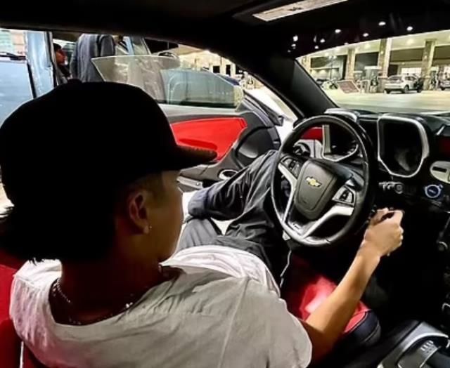 19 yaşındaki TikTok fenomeni, lüks aracıyla kaza yaparak feci şekilde can verdi