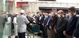 Beykoz: Kanser nedeniyle 25 yaşında hayatını kaybeden İlayda Kasaroğlu son yolculuğuna uğurlandı