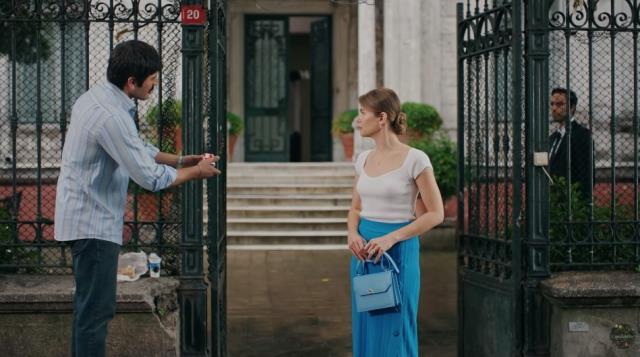 Camdaki Kız'ın 14. bölüm 2. fragmanı yayınlandı! Sedat, yasak aşkıyla konuşurken eşine yakalanıyor