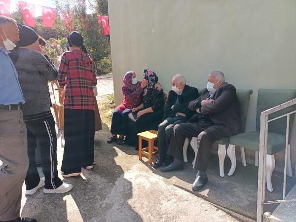 Son dakika haberi: Şehit Tayfun Özköse'nin Samsun'daki ailesine şehadet haberi verildi