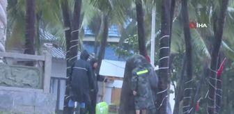 Filipinler: Çin'in güneyinde Kompasu tayfunu karaya çıktı