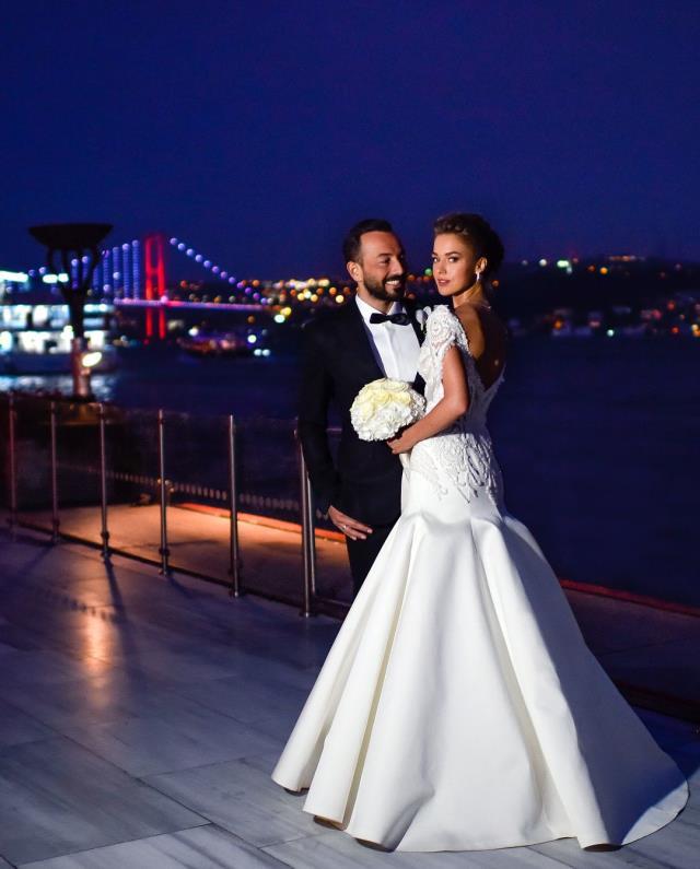 3 yıl önce evlenen Hakan Baş ve Bensu Soral, tek celsede boşandı