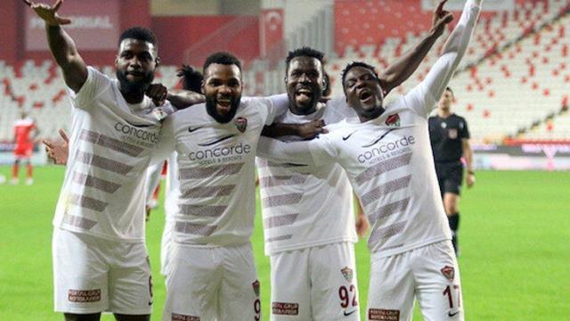 Süper Lig'in başarılı ekibi Hatayspor'a transfer yasağı geldi