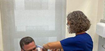 Şehir Hastanesi: ESKİŞEHİR'DE 2 TURKOVAC GÖNÜLLÜSÜ, AŞI OLDU