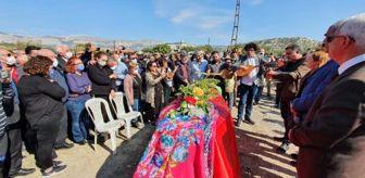 Mut: Musa Eroğlu, 55 yıllık eşini son yolculuğuna uğurladı