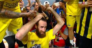 Datome'nin güzelim saçları, şampiyonluk sonrası gitti