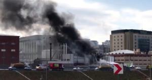 Tem otoyolu yanında yangın! Patlama sesleri duyuluyor