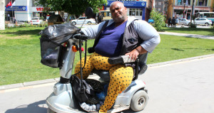 Geçirdiği trafik kazasının ardından vücudu kurtlandı