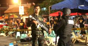 Teröristler kenti ele geçirdi! Devlet Başkanı sıkıyönetim ilan etti