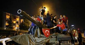 Erdoğandan 15 Temmuzda 'zırhlılara binip üstlerine yürüyün' talimatı
