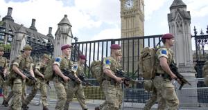İngiltere'de kırmızı alarm: Asker Londra'da konuşlandırıldı