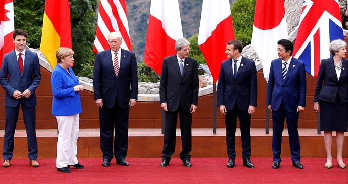 Merkel, G7 için İtalya'da