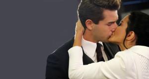 Bir dizi aşkı daha gerçek oldu! Öpüşmeye doyamadılar