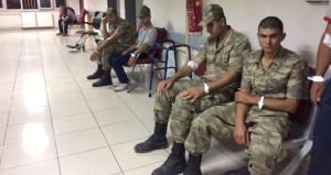 Vali'den zehirlenen askerlerle ilgili kafa karıştıran açıklama!