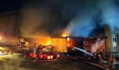 İstanbul'da korkutan yangın! 6 ilçenin itfaiyesi müdahale etti