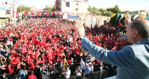 Erdoğan, 2019 seçim çalışmalarının startını resmen verdi!