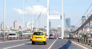 İstanbul'a bayram erken geldi, vatandaşlar 'oh' çekti