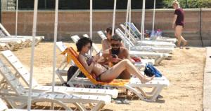 Denizi olmayan kentte plaj sezonu açıldı