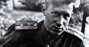 KGBnin kara kutusu öldü! Ömrünü casusluğa adamıştı