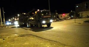 Terör örgütü PYD'nin bulunduğu sınıra obüsler konuşlandırıldı
