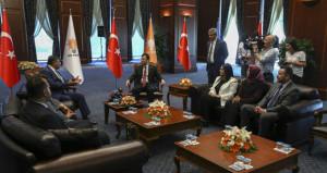 AKP'den CHP'ye bayram ziyareti; OHAL ve iç tüzük değişikliği konuşuldu