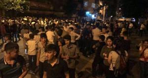 Tacizciyi linç etmek isteyen Diyarbakırlı sokağa döküldü