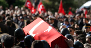 Uludere'de askeri araca hain tuzak: 3 asker şehit oldu