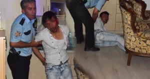Erkek çocuğunu taciz eden Afgan'ı kalabalığın elinden polis aldı