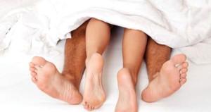 Kocasını yatağa bağlayıp, sevgilisinin önünde sevişti olanlar oldu