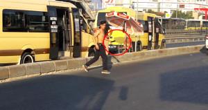 Palalı genç İstanbul'u karıştırdı, vatandaşlar ne yapacağını şaşırdı