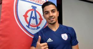Altınordu, transfer ettiği futbolcunun sözleşmesini yırtıp attı