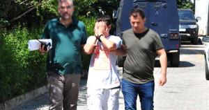 Küçük kıza +18'lik film izletip kaçırmaya çalışan adam yakalandı