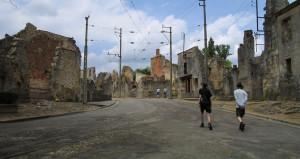Yüzlerce insanın katledildiği köyde her şey bıraktıkları gibi!