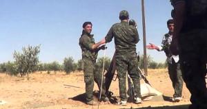 PKK/PYD'li teröristler havanla saldırdı: Biri İHH yetkilisi 15 yaralı
