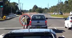 Tartıştığı kadına yumruk atan sürücü Sidney polisini harekete geçirdi