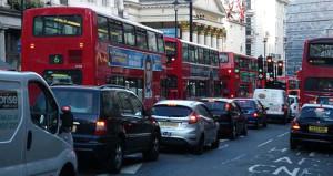 İngiltere dizel ve benzinli araçlara yasak getiriyor