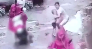 Çocuğu ezip geçen motorlu kadının vicdansızlığı dudak uçuklattı