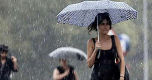 İstanbullular dikkat! Meteoroloji saat verdi, uyardı: Sağanak geliyor