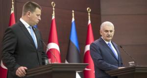 Başbakan'ın yanında açıkladı: AB, 3 milyar euro sözünü tutacak mı?