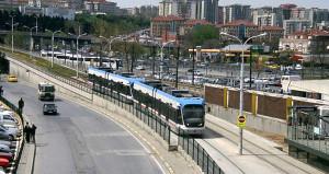 İstanbullular müjde! Trafiğe neden olan tramvay, yerin altına alınıyor