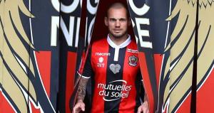 Sneijder yeni takımında kadro dışı