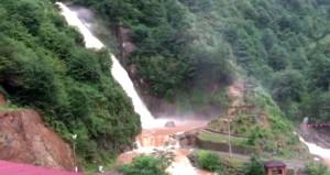 Şiddetli yağış sonrası gürül gürül su yerine, çamur aktı