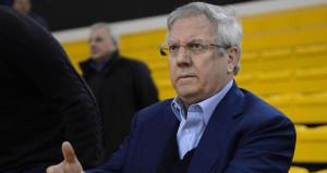 Vardar depremi sonrası Aziz Yıldırım transferi bitirdi