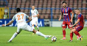 Sevilla'ya yenilen Başakşehir'i ligde Karabük çarptı