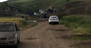 Bomba yüklü araç, içindeki teröristlerle birlikte imha edildi