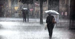 Meteoroloji'den İstanbul için peş peşe uyarı! Yarın için de saat verdi