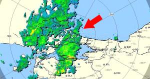 İstanbul'un tam üzerinde! Beklenen yağışa dakikalar kaldı