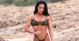 Deniz Eke, 'Bikini Fitness Şampiyonu' oldu